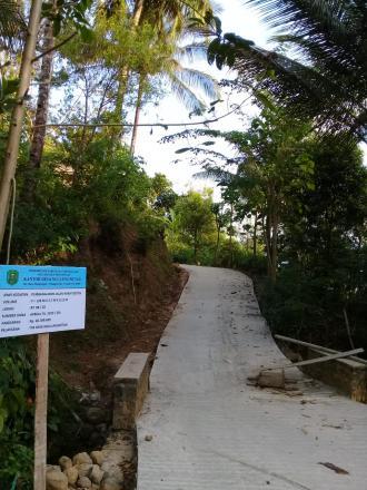 Pembangunan Jalan Rabat Beton 3 Dusun ( Dusun Kempong, Dusun Tengahan , Dusun Krajan )